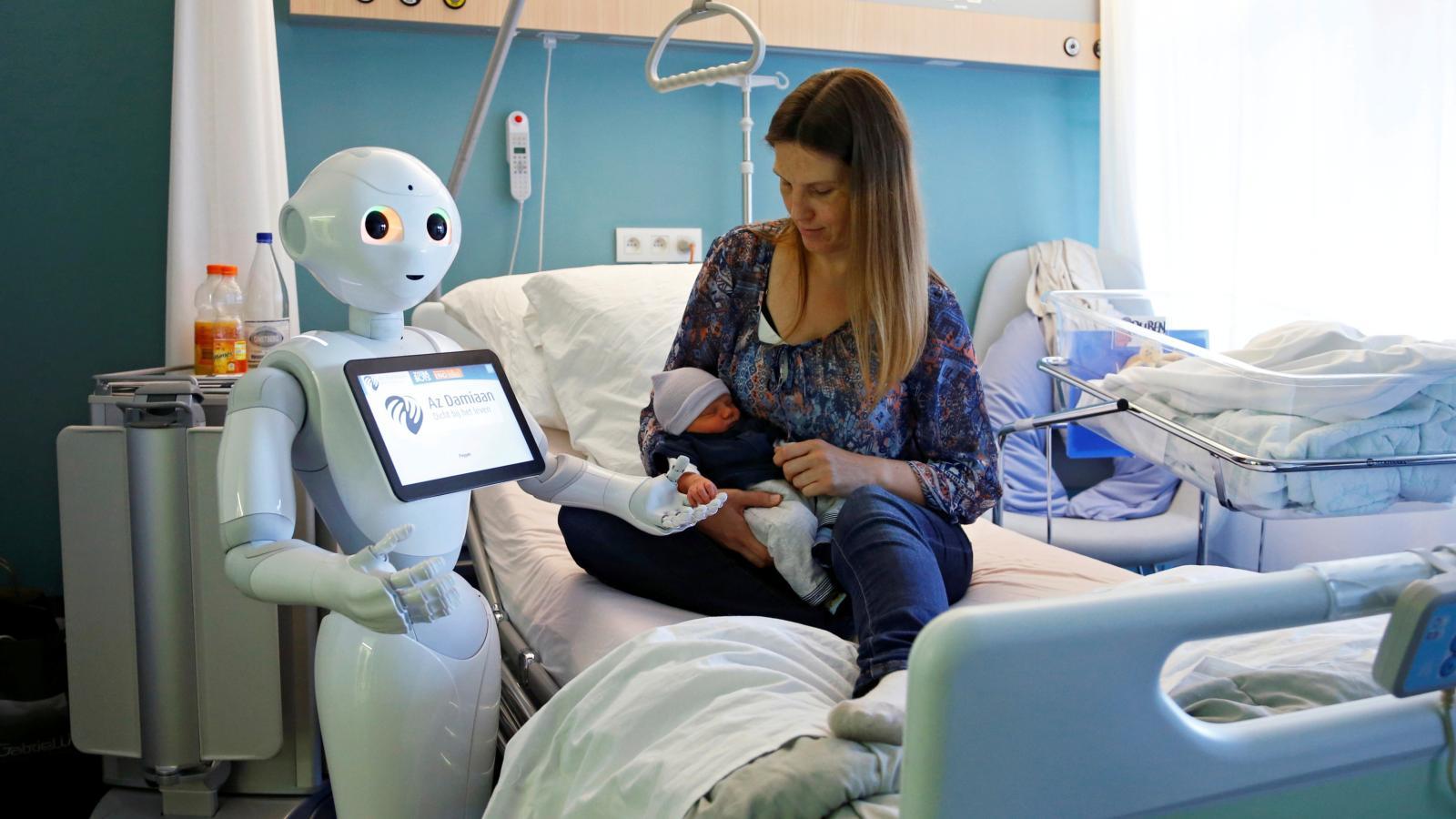 Bilderesultat for kunstig intelligens robot og pasient